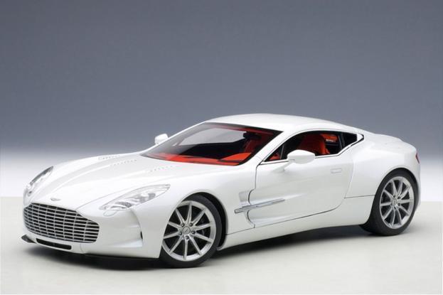 Autoart Aston Martin One-77 White