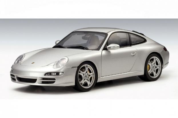 Autoart Porsche 911 997 Carrera S Silver