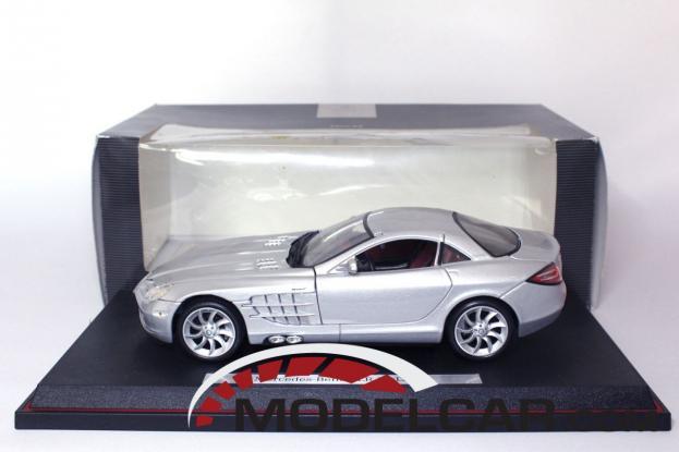 Maisto Mercedes SLR McLaren Silver
