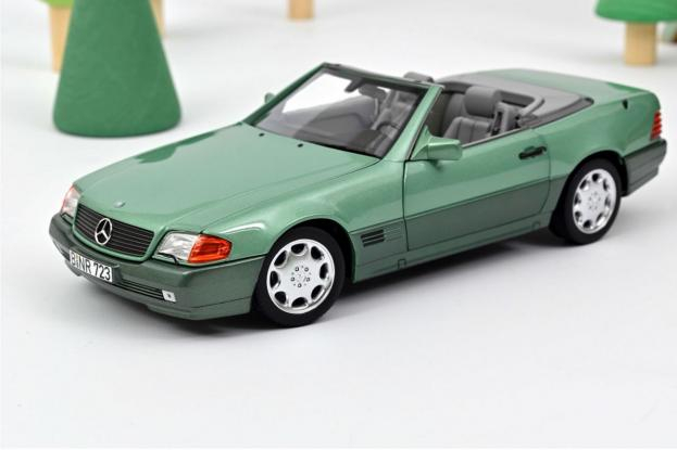 Norev Mercedes 500SL R129 Green