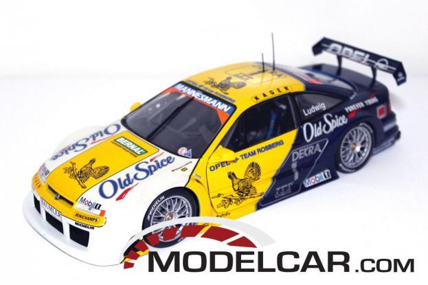 UT models Opel Calibra White