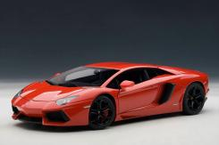 AUTOart Lamborghini Aventador LP700-4 Rosso Andromeda 74669
