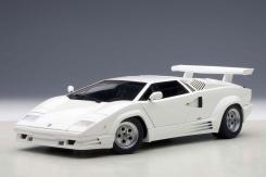 AUTOart Lamborghini Countach 25th Anniversary Edition White 74537