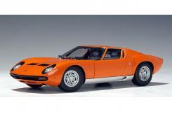 AUTOart Lamborghini Miura SV Orange 74542