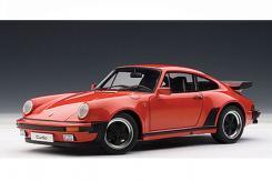 Autoart Porsche 911 3.3 Turbo Rojo