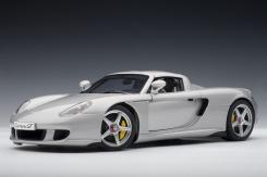 Autoart Porsche Carrera GT Silber