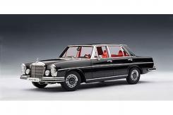 Autoart Mercedes-Benz 300 SEL 6.3 W109 1970 Black 76140