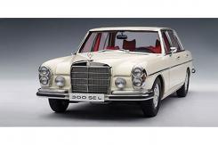 Autoart Mercedes 300 SEL 6.3 W109 White