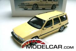 Autoart Volvo 850R estate Yellow
