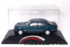 Herpa Mercedes E320 W210 Green